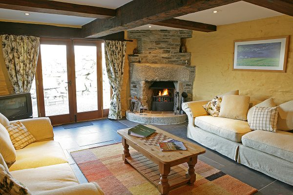 Westhayes - Dog Friendly Cottage at Helsbury Park